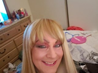 Sissybeth: Live Cam Show