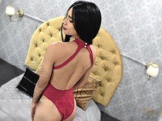 Aylin-doll