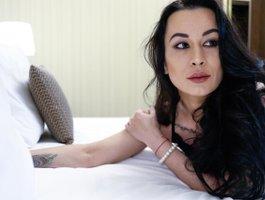 секс с LucyWow