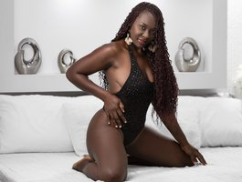 секс с KeniaHall