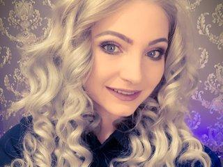 Mya-blonde
