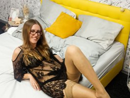 секс с SonyaGoldX