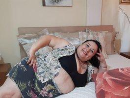 секс с BustyAmelia