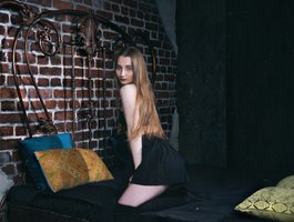 eva-ooops at BongaCams