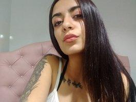 секс с Anne-lennon