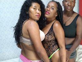 секс с threesexwomen