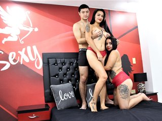 Group-Summer: Live Cam Show