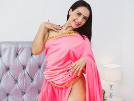 секс с Priya-Varma