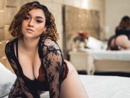секс с ArielleBrown