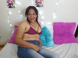 секс с Ebony-Tamara