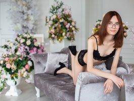 секс с Violette-Yong