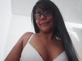 секс с AbrilWhite