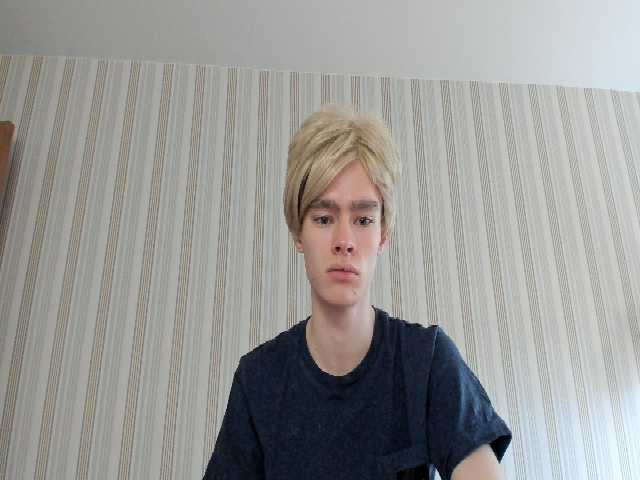 BlondeCuteBoy