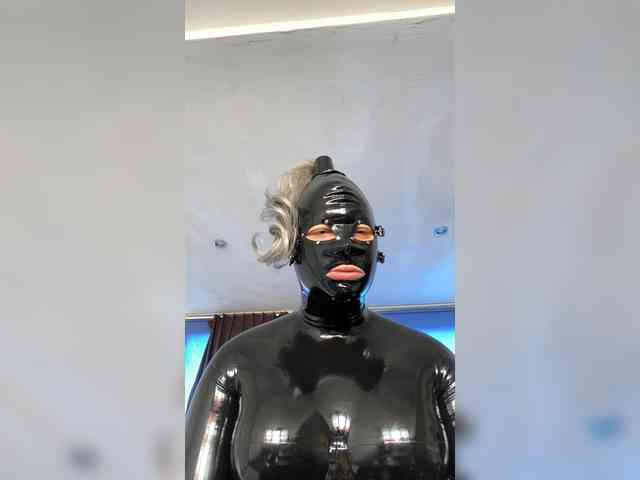 Rubberfuckdol